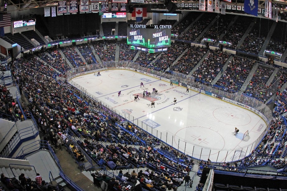 Xl center hockey