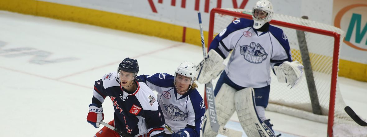 Wolf Pack Lose a Close one to Syracuse, 3-2