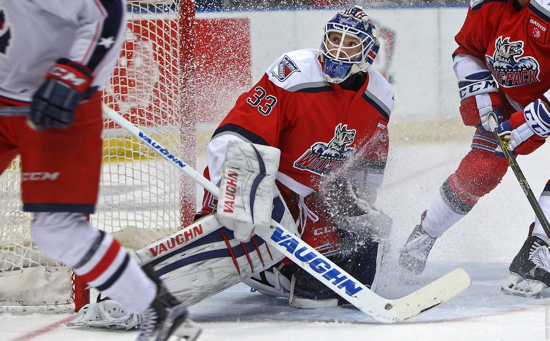 Late Springfield Goal Sinks Wolf Pack